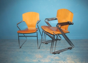 C014 Egoa Stua 300 Chairs