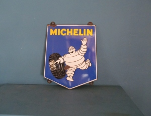 SO30 Michelin Man Enamel