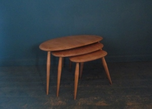 T013 Ercol Pebble Nest Tables
