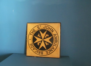 S040 St Johns Ambulance Tin Sign
