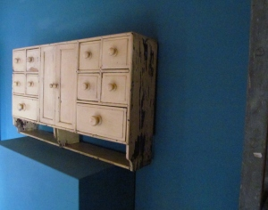 CD016 Cream Apothecary Drawers