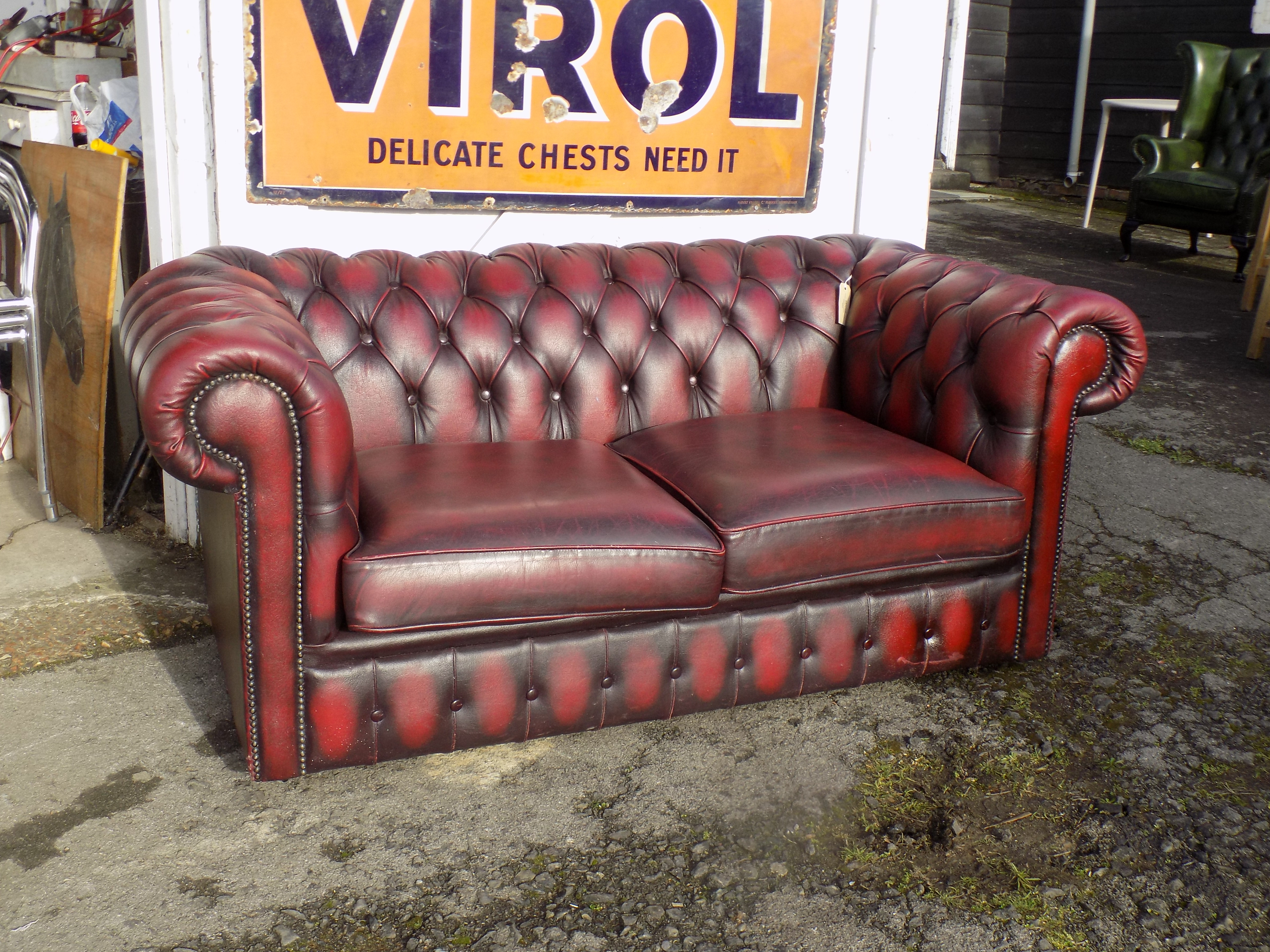 Chesterfield Sofa Stoff ~ Seater oxblood chesterfield sofa sold